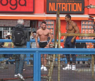 muscle beach travel guide