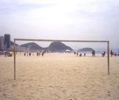 rio copacabana beach football www.johnnyspangles.com